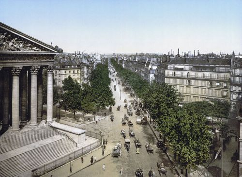 800px-Boulevard_de_la_Madeline,_1895